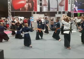 (Deutsch) Samurai Kampfkunst an der FitnessExpo in Basel